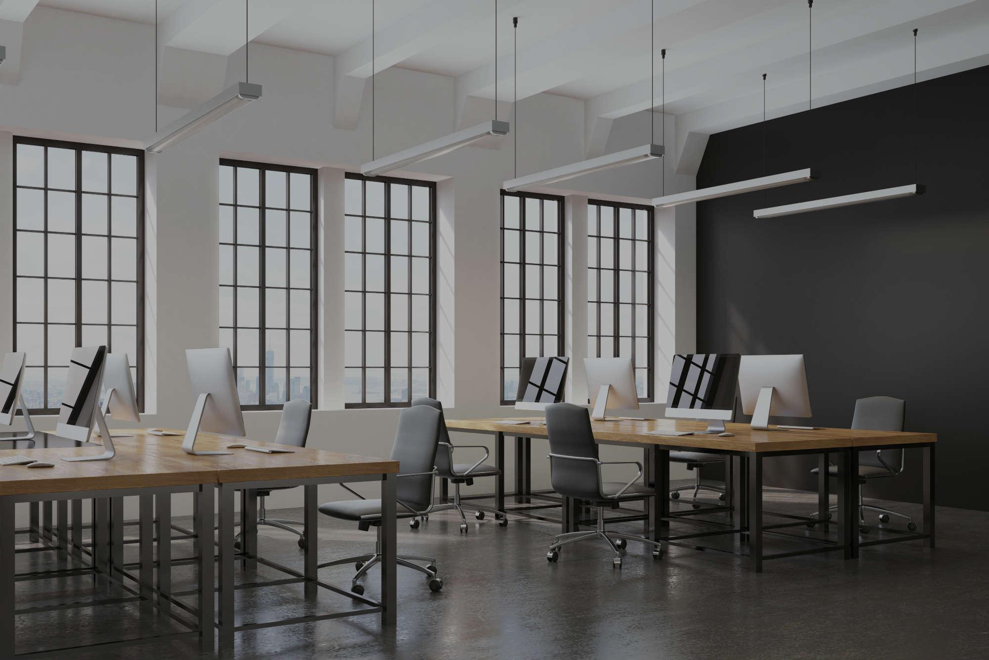 Image d un bureau avec des grandes fenêtres